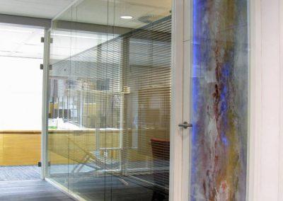 schildering-en-licht-in-glazen-deur-connecting-art-system-flex-b-4188
